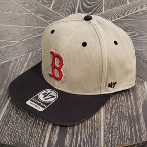 NWT Boston Red Sox 47 Brand Cement Snapback Hat